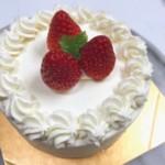 スーパーショートデコレーションケーキ