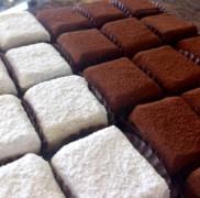 お持たせに最適な生チョコレートの『石畳』